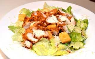 Как приготовить салат с курицей и кириешками