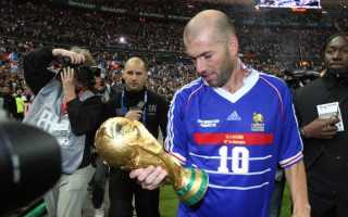 Кто лучший футболист всех времен