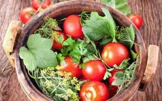 Как помолосолить помидоры на еду в кастрюле